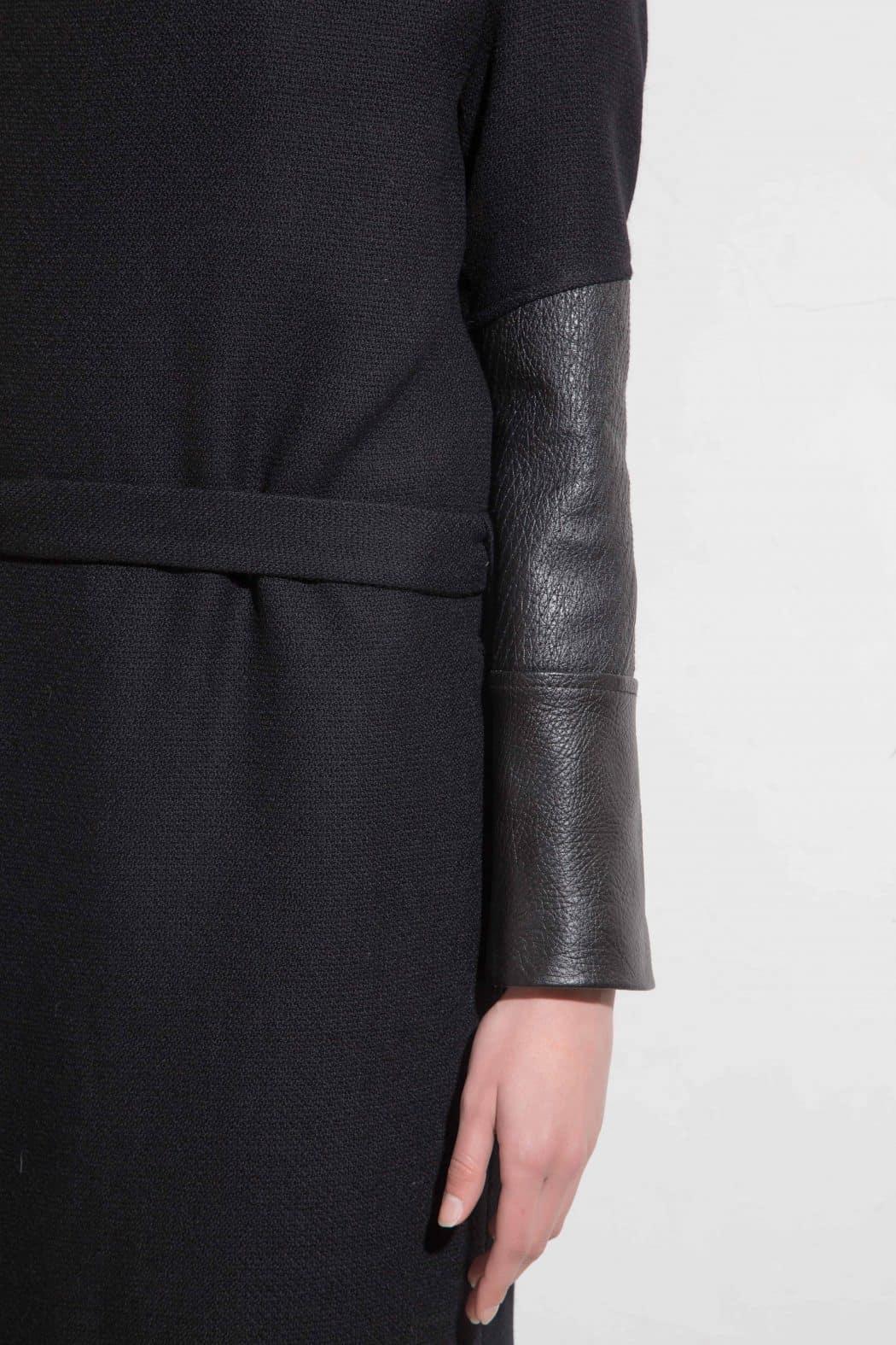 Стилно дамско палто VAYANA