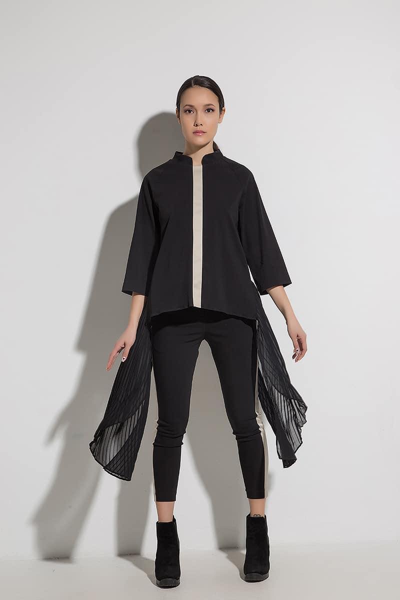 Интересна дамска блуза RENATA