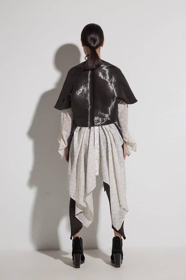 Късо дамско яке SHELIA