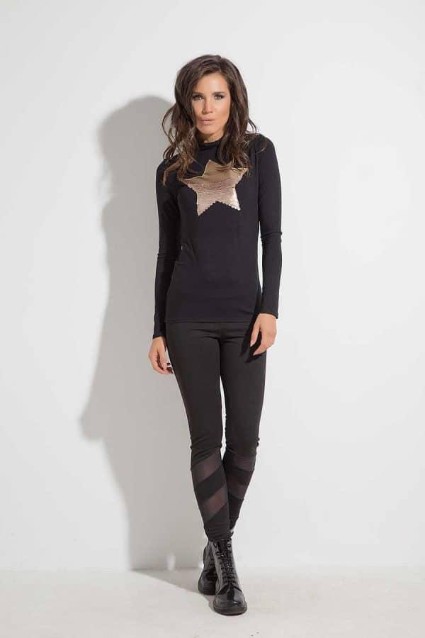 Women's blouse with applique ATA