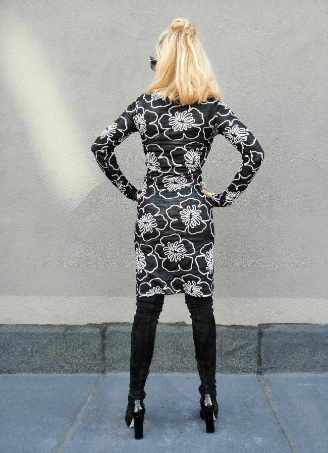Къса дамска рокля FLOWER