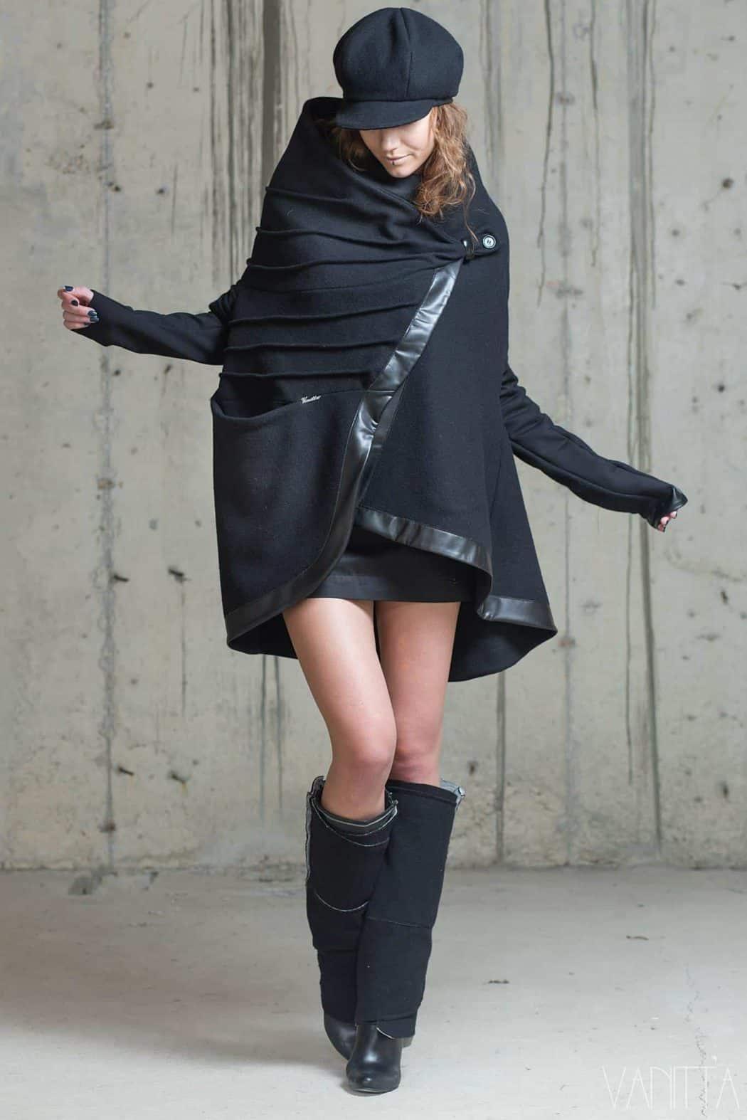 Асиметрично дамско палто NAVARA