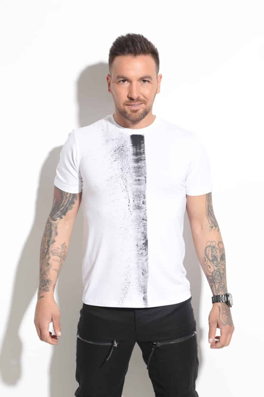 Men's T-Shirt SIX