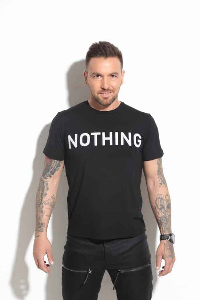 Casual T-Shirt NOTHING