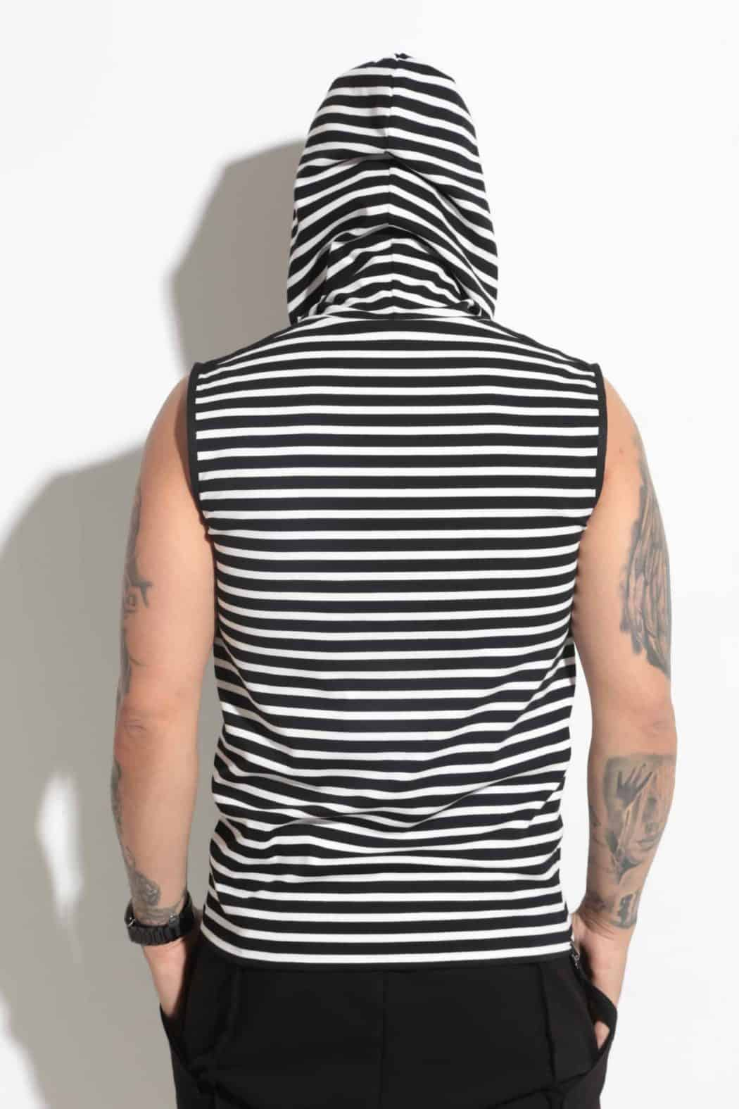 Sports T-shirt with hood STRIPE