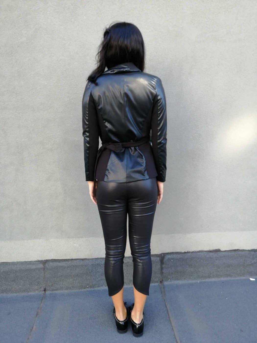 Дамско сако LORA