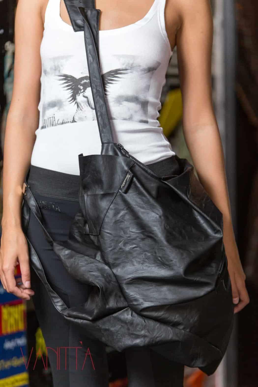 Дамска чанта от еко кожа VALERIA