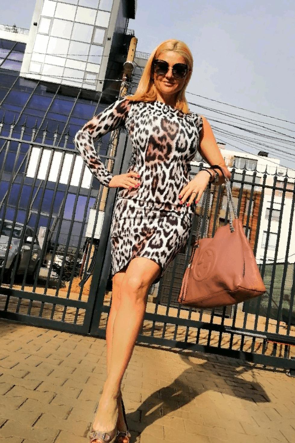 Дамска рокля AZAY