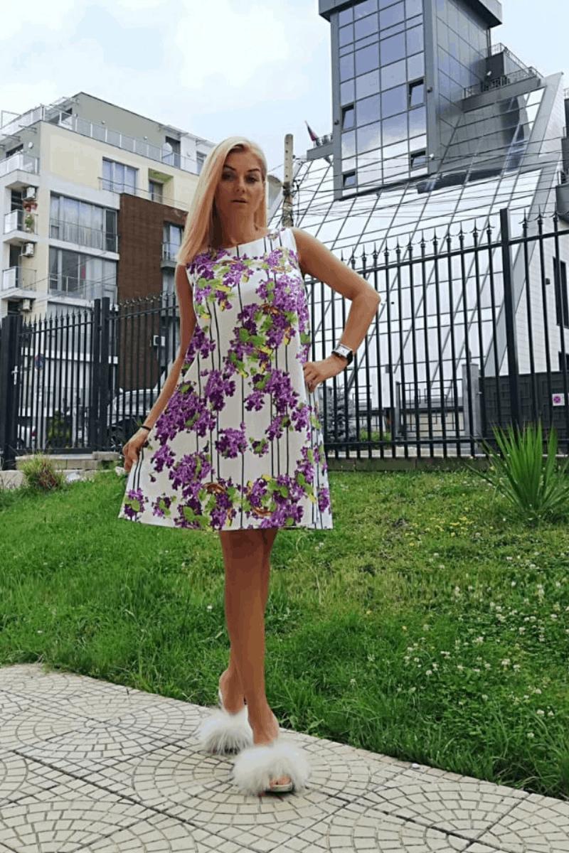 Free Lady Dress 1052