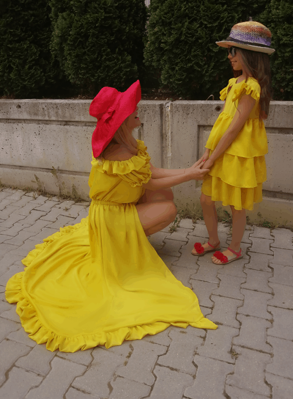 Long ladies dress 1073