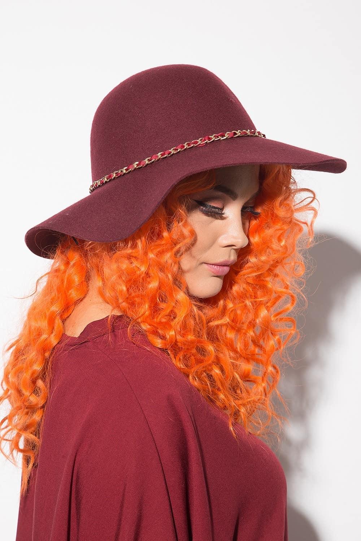 Елегантна дамска шапка 1157