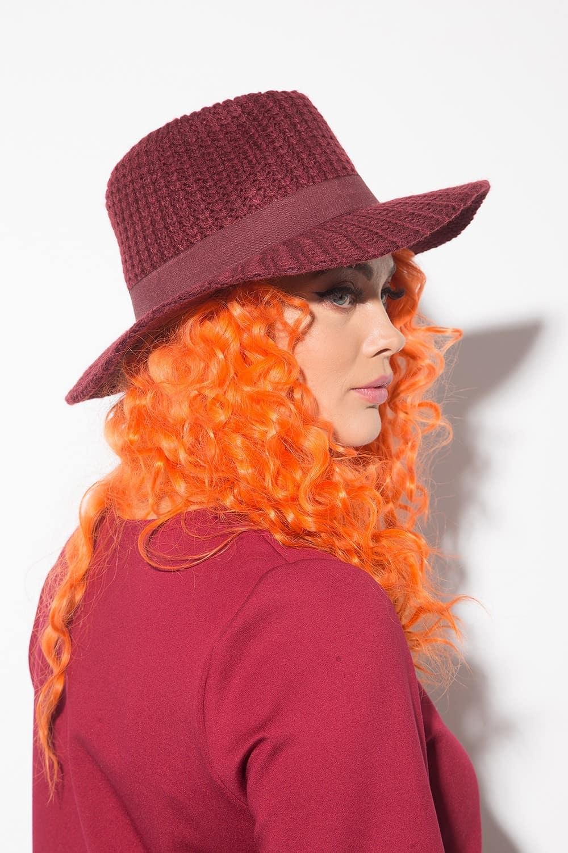 Елегантна дамска шапка 1156