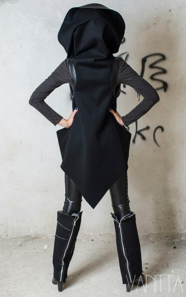 Екстравагантен дамски елек 1206