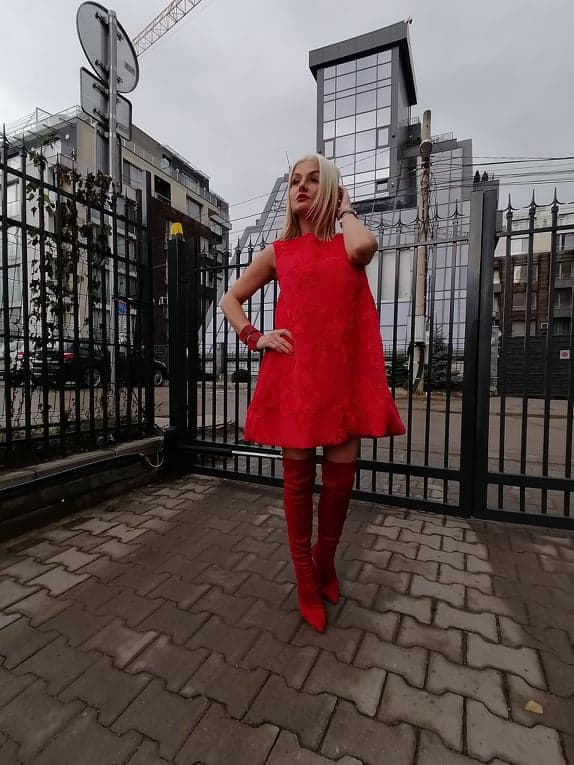 Свободна дамска рокля 1215